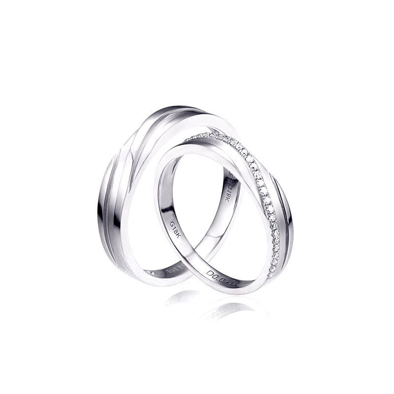 Duo d'alliances prestige - Design en diagonale -  Or blanc, diamants | Gemperles