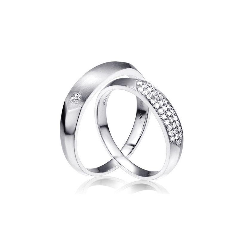 Alliances biseautées or blanc pour Couple - Sertissage en diamants