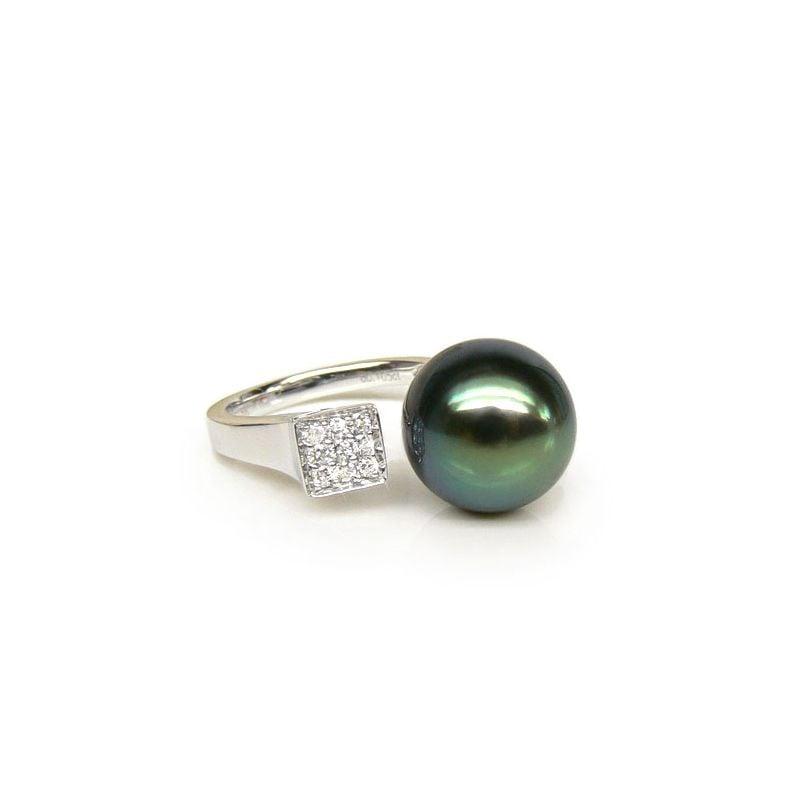 Anello Outflow - Oro Bianco, Diamanti e Perla di Tahiti