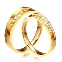 Alliances pour homme et femme en or jaune et diamants