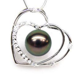 Pendentif coeur perle de Tahiti, or blanc et diamants
